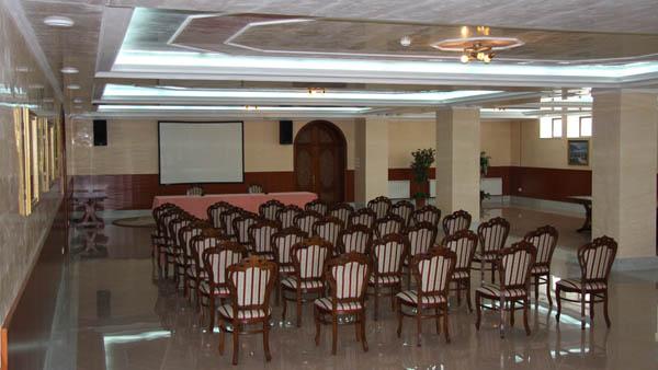 Отель имеет несколько конференц залов